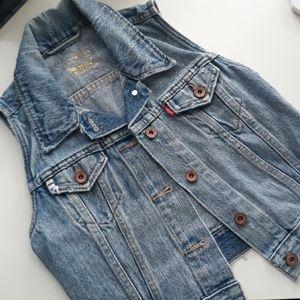 ❤ Levi's Jean Vest